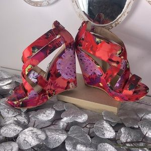 🥳PRICE DROP, Material Girl floral shoes